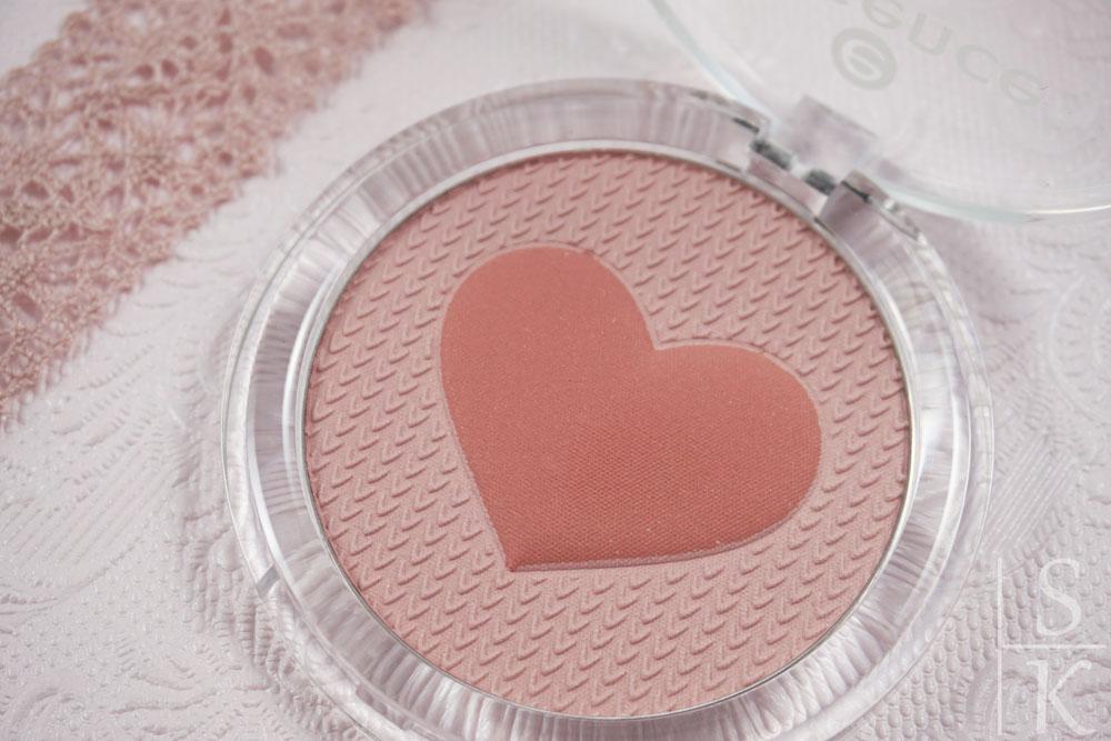essence happy girls are pretty multi colour blush (2)