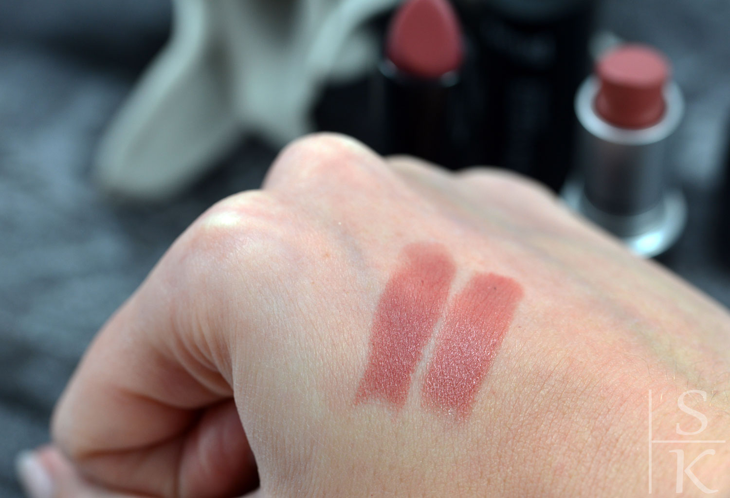 Dupe Mac - Brave vs. Trend It Up - Ultra Matte Lipstick 005