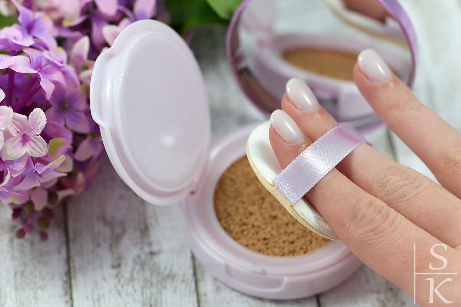 L'Oréal - Cushion Foundation