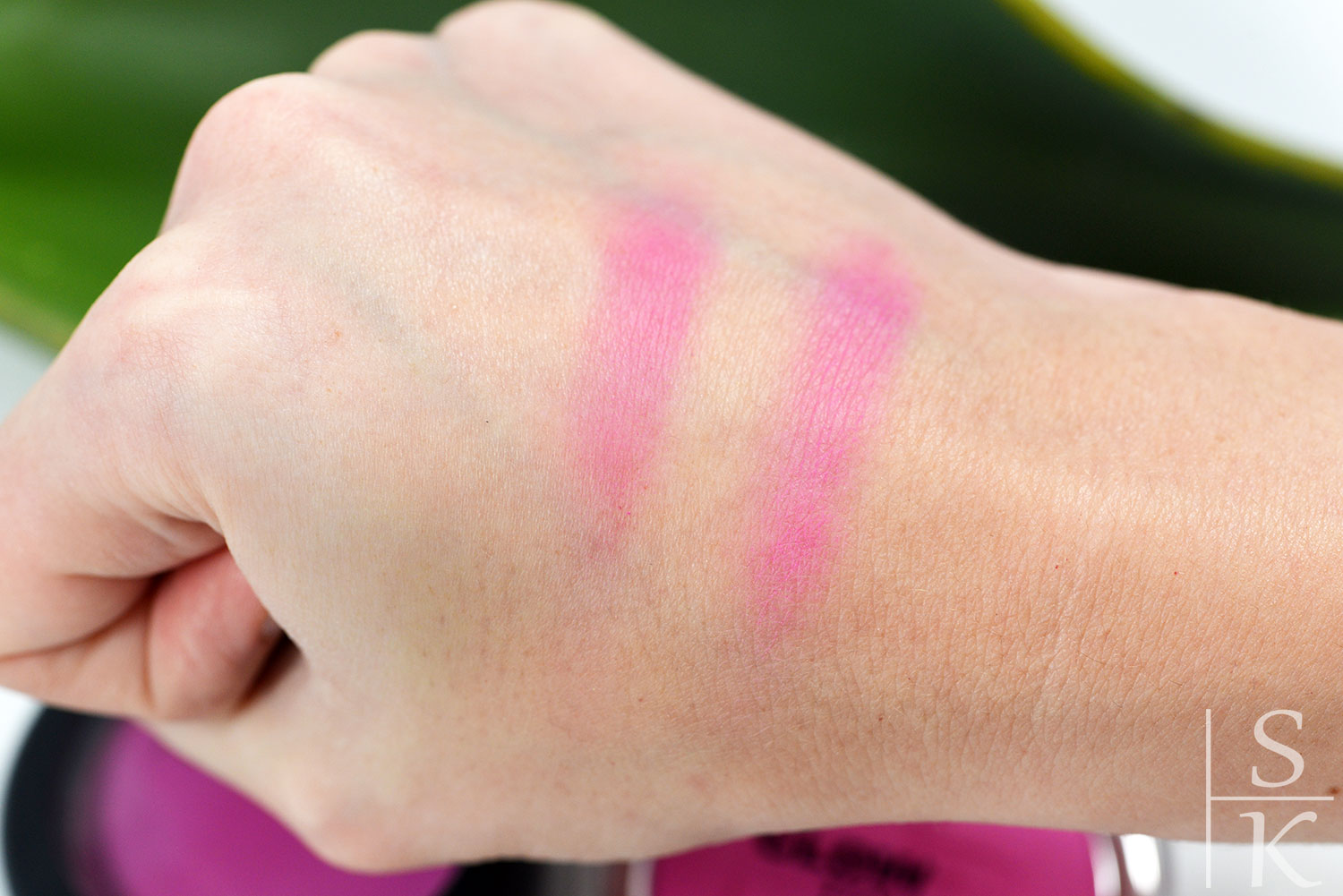 Dupe MAC – This Could Be Fun vs. p2 - 060 Touch Of Daisy