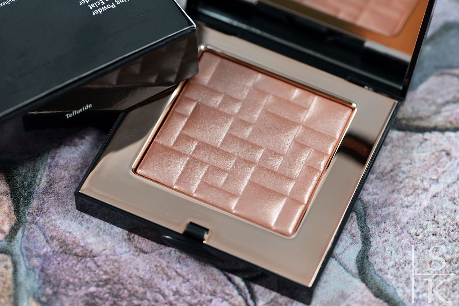 Bobbi Brown - Highlighting Powder Telluride Sunset Pink Collection