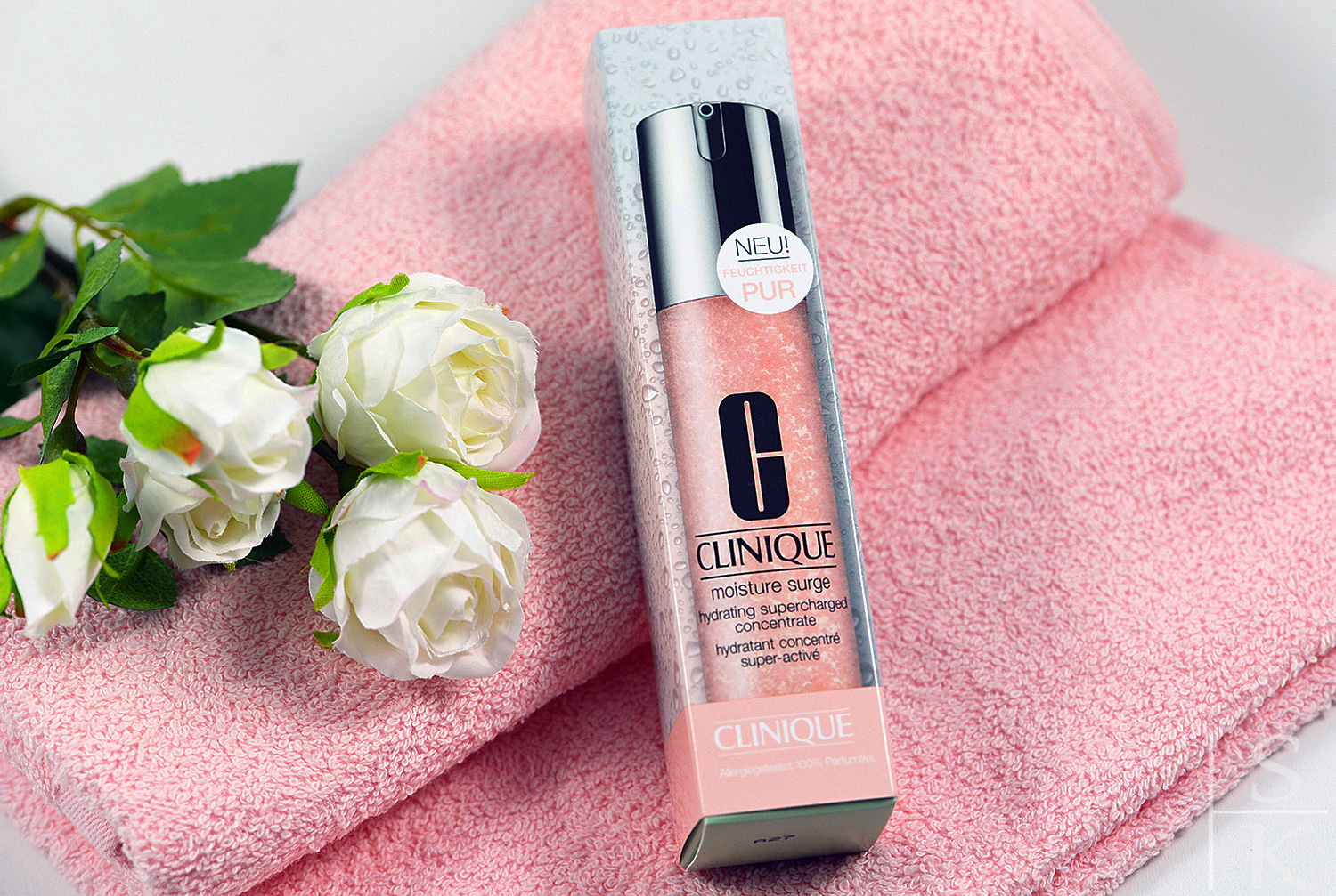 Review Clinique Moisture Surge Hydrating Supercharged Concentrate @Horizont-Blog