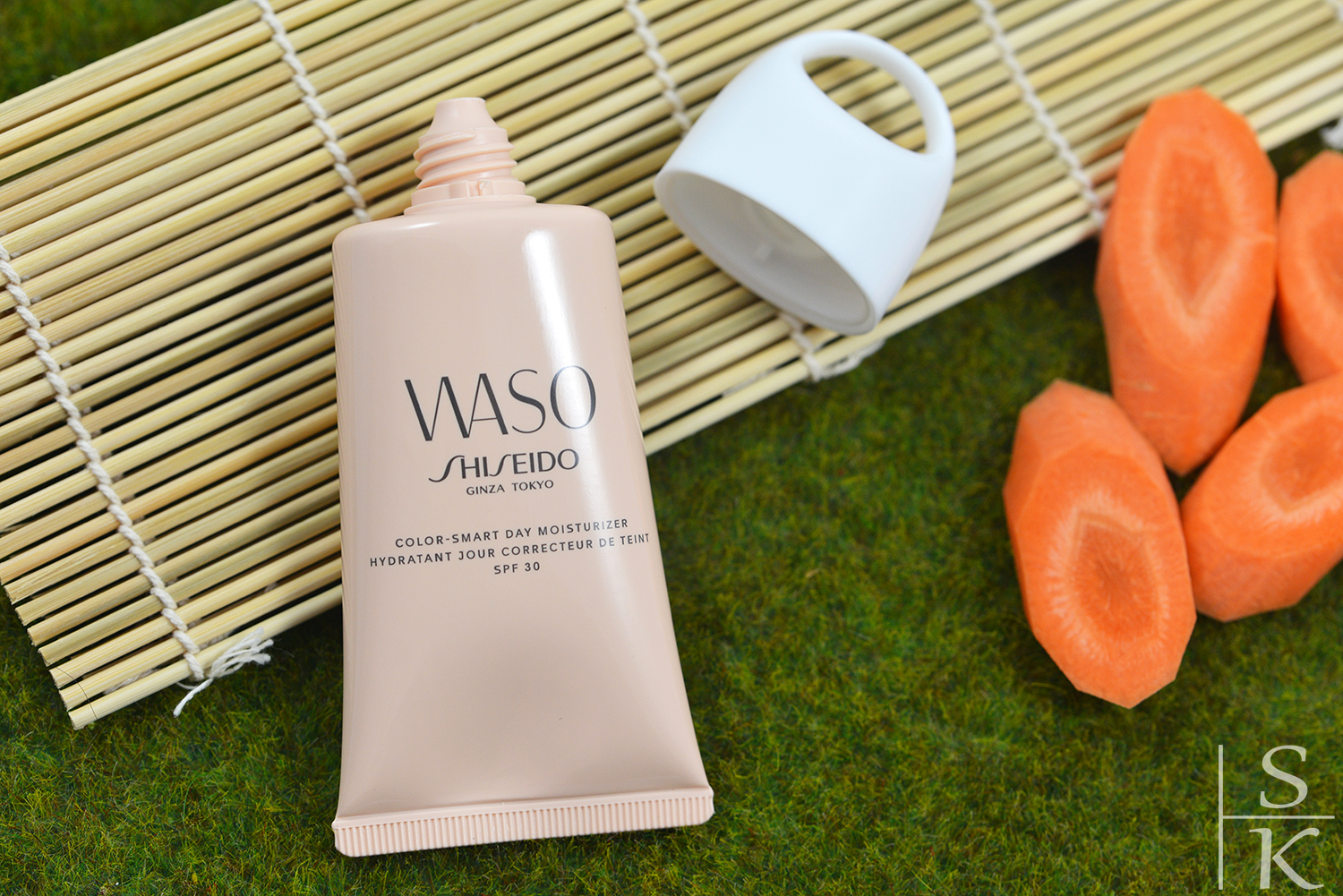 Shiseido-Waso-Color-smart-Day-Moisturizer-SPF30-Review-Saskia-Katharina-Most-Horizont-Blog-03